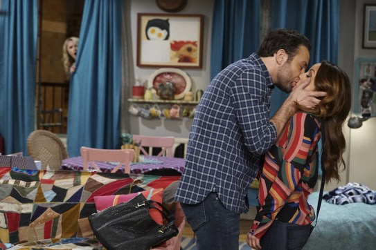 Young & Hungry 5x10 - 08