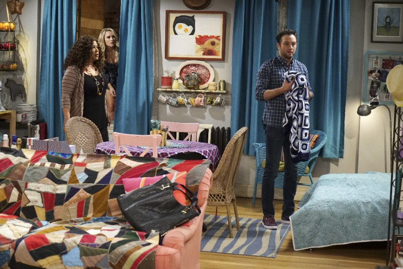 "Young & Hungry 5x10 ""Young & Amnesia"""