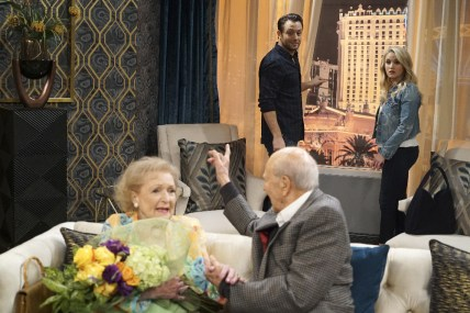 Young and Hungry 5x08 - 08