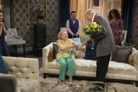 Young and Hungry 5x08 - 15