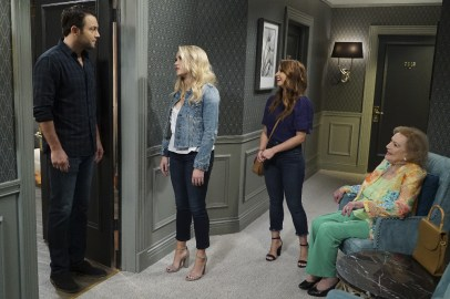 Young and Hungry 5x08 - 19
