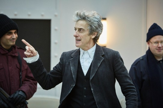 Doctor Who 10x08 - 16