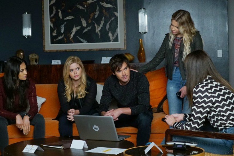 "Pretty Little Liars 7x18 ""Choose or Lose"" Synopsis, Photos & Preview"