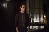Shadowhunters 2x13 - 03