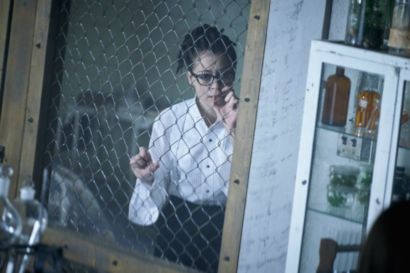"""Orphan Black 5x06 """"Manacled Slim Wrists"""" Synopsis, Photos & Preview"""