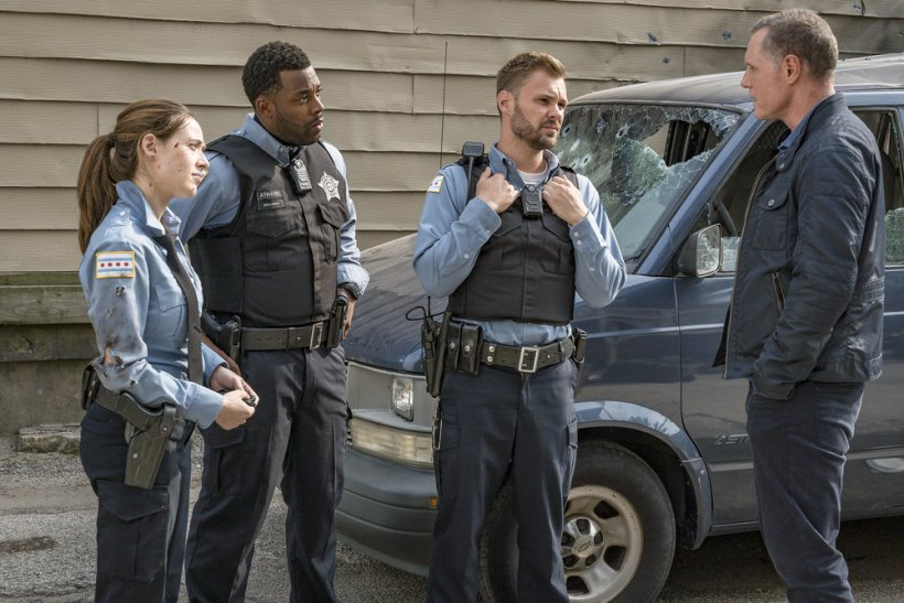 """Chicago P.D. 5x02 """"The Thing About Heroes"""" Synopsis, Promotional Photos & Preview"""