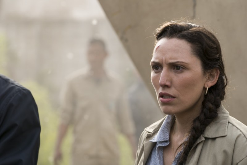 Lisandra Tena as Lola Guerrero - Fear the Walking Dead _ 3x11 - Photo Credit: Richard Foreman, Jr/AMC