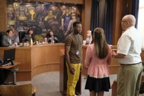 The Mayor 1x02-15