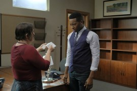 The Mayor 1x03-24