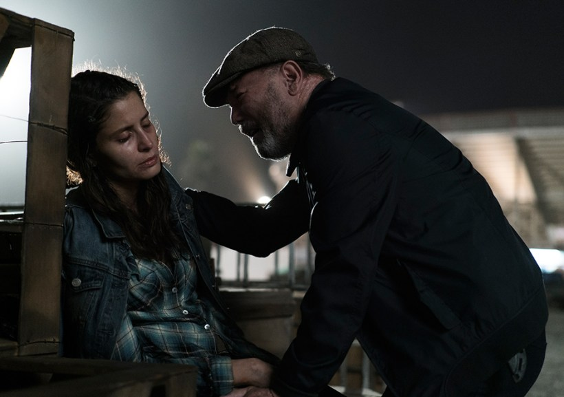 Fear The Walking Dead 3x14 El Matadero Ruben Blades Mercedes Mason