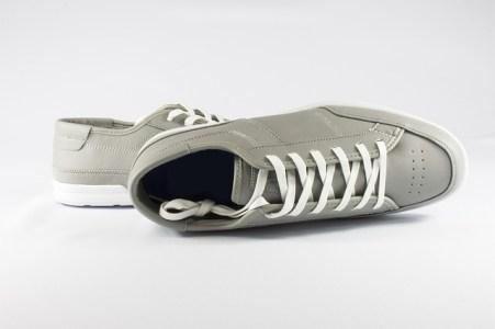 shoes 832875 640