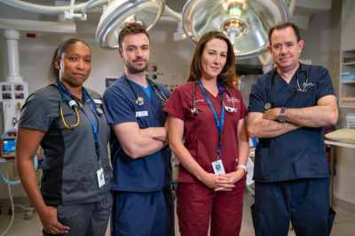 Drs Michelle, Michael, Emma and Jonathan save lives on EMERGENCY (image - Nine)