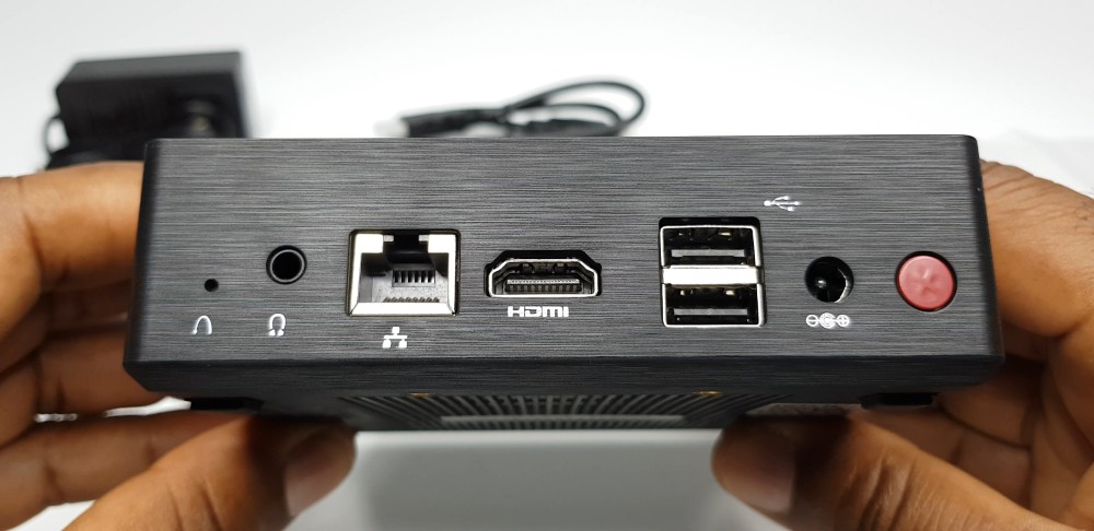 Minisforum_GN31_Rear_IO_Ports