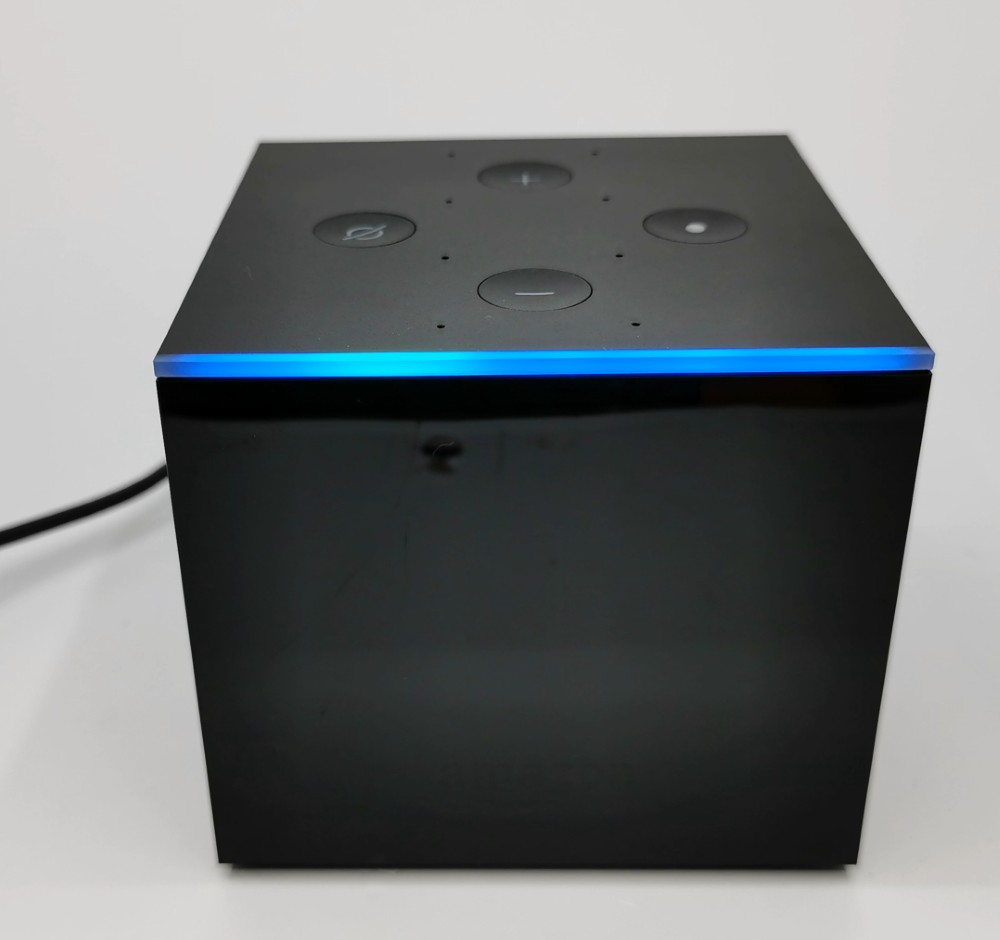 Amazon_fire_Cube_LEd_front_light