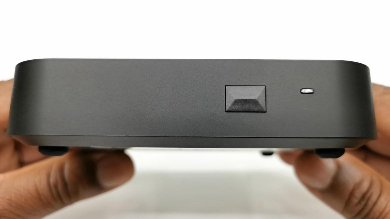 Minix Neo U22 XJ Front view