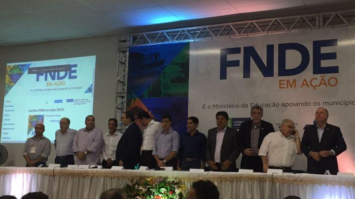 Prefeitura de Conceição da Feira esteve representado no evento do FNDE em Vitória da Conquista