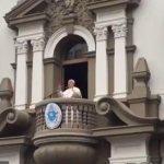 Papa Francisco: Acompáñenme a Trujillo, yo volando y ustedes con los pies en la tierra rezando