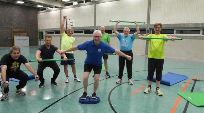 Turnen und leichter Sport im Alter fördern das körperliche Wohlergehen