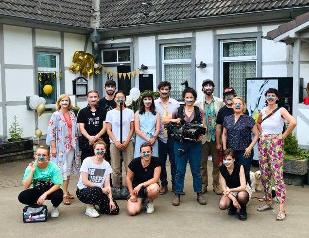 """Crew und Cast von """"Maskenball"""", eine Kurzfilmproduktion von tvist"""