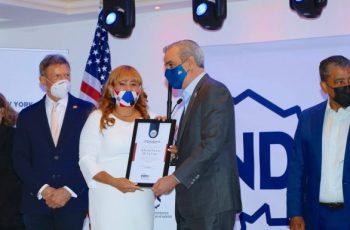 Dominicana agradece a Abinader