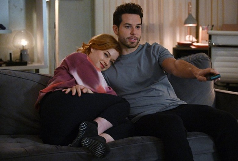 Zoey's Extraordinary Playlist' Recap: Season 2, Episode 3 — Max/Zoey |  TVLine