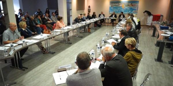 Conseil municipal de la ville de Mèze du 11 mai 2017 – Débat sur la vente du Thalassa : totalité des débats