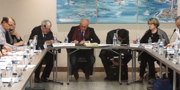 Conseil municipal de la ville de Mèze du 13-12-17 – Débat autour de la Cie Surprise