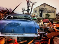 Cars and homes destroyed in Joplin tornado