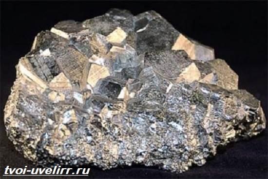 Марказит-Описание-и-свойства-минерала-1