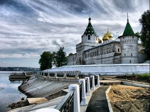 Золотое-кольцо-России-Кострома-3