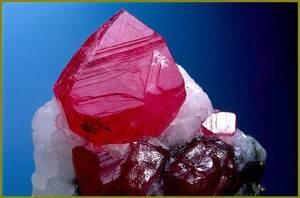 Рубин-Описание-происхождение-и-свойства-минерала-1