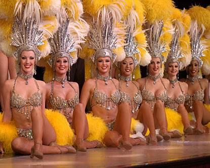 Шоу-балет-Jubilee-и-их-украшения-5