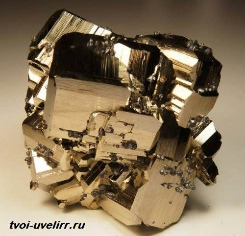 Что-такое-железный-колчедан-Свойства-и-применение-железного-колчедана-4