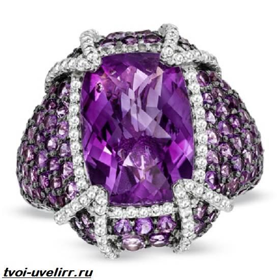 Фиолетовый-камень-Популярные-фиолетовые-камни-и-их-свойства-10