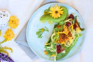 Fenyklový salát s grilovaným ananasem