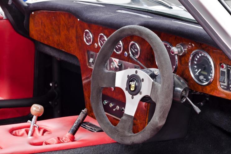 Tuscan V8 RHD 1970 (6)