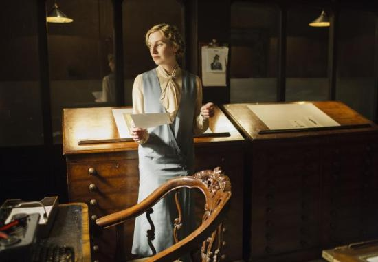 Lady Edith works at the magazine on Downton Abbey