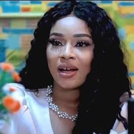 The Hot Side Babe (Onyii Alex) [Nollywood Movie]