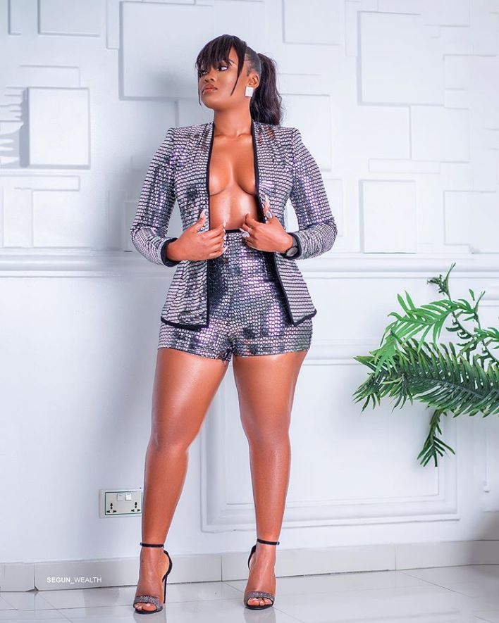 Cee-c blows hot as she flaunts