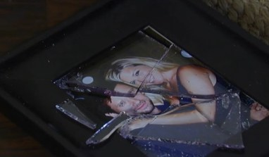 The broken picture is symbolic of the break in Carly and Franco's relationship. Photo courtesy of ABC Productions.