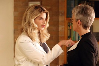 "Scream Queens: L-R: Kirstie Alley and Jamie Lee Curtis in the all-new ""Chanel Pour Homme-Icide"" episode of SCREAM QUEENS airing Tuesday, Nov. 1 (9:00-10:00 PM ET/PT) on FOX. Cr: Michael Becker / FOX. © 2016 FOX Broadcasting Co."