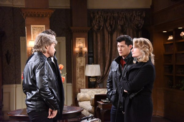Steve, Marlena, Rafe and Paul arrive in Prague to search for Stefano.
