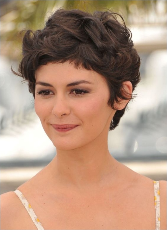 5 curly pixie hairstyle source therighthairstyles.com