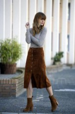 Casual long button skirt with boots for daily outfits