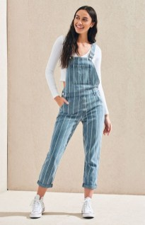 Overall with a t shirt for a casual look (3)