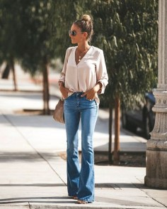 Flared jeans trend summer