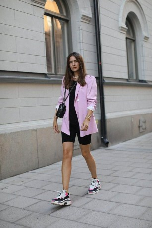 Pink blazer with t shirts and bermuda shorts are also rather common, despite a frequent cliche.