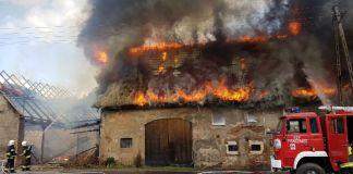 Dziewięcio osobowa rodzina straciła w pożarze dom