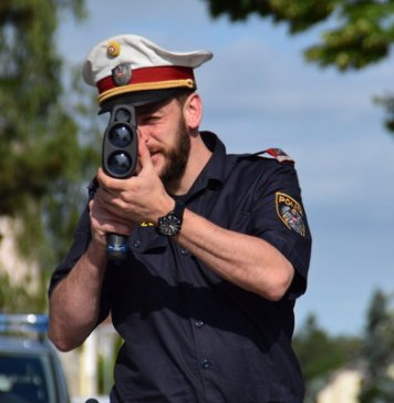 EDWARD- ogólnoeuropejska akcja policji drogowych. Każdy kierowca może wziąć w niej udział.