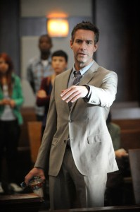 Pictured: Jay Harrington as Phil -- (Photo By: David Moir/USA Network)